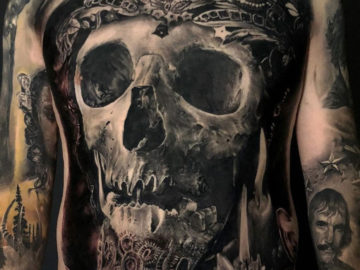 Skull b&g men's front tattoo