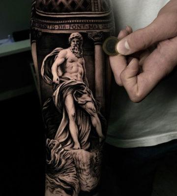 Neptune Statue at Trevi