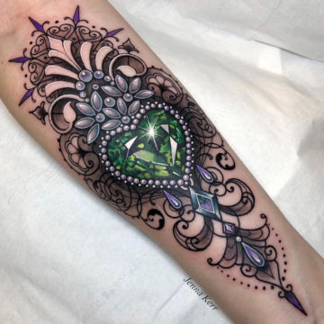 Emerald heart ornamental tattoo