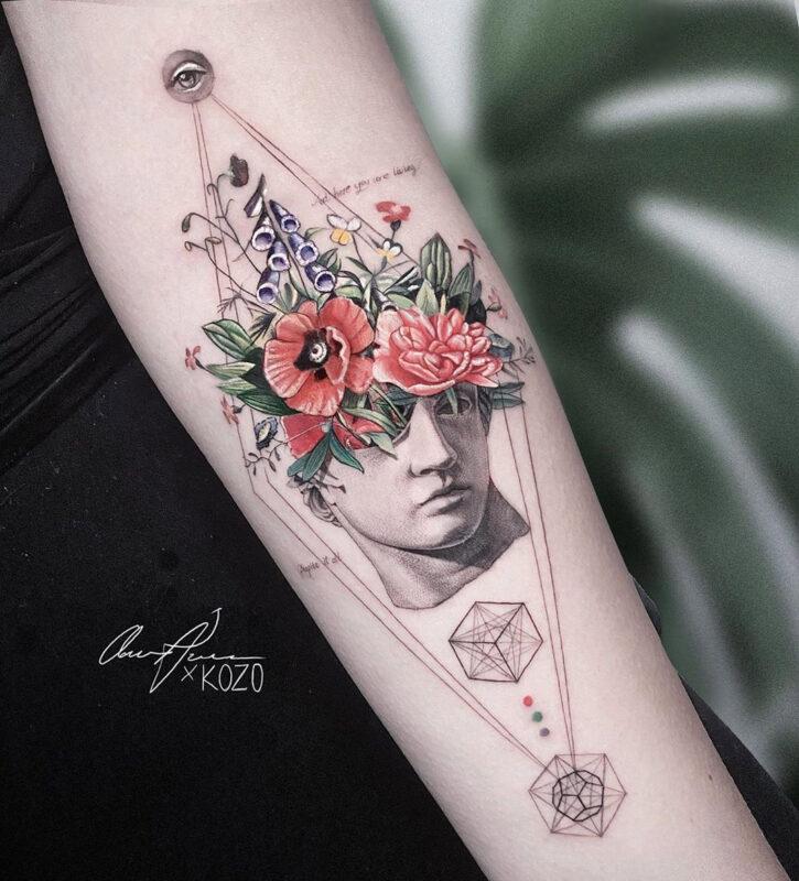 Buste floral abstrait
