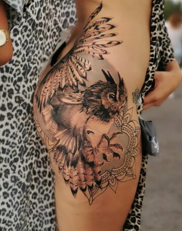 Owl & Mandala on woman's Hip